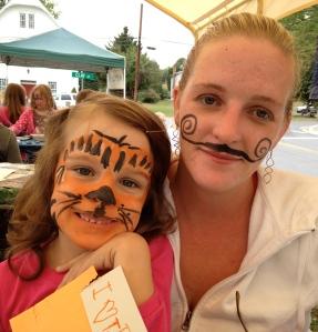 Moustache Mom, Tiger Kid